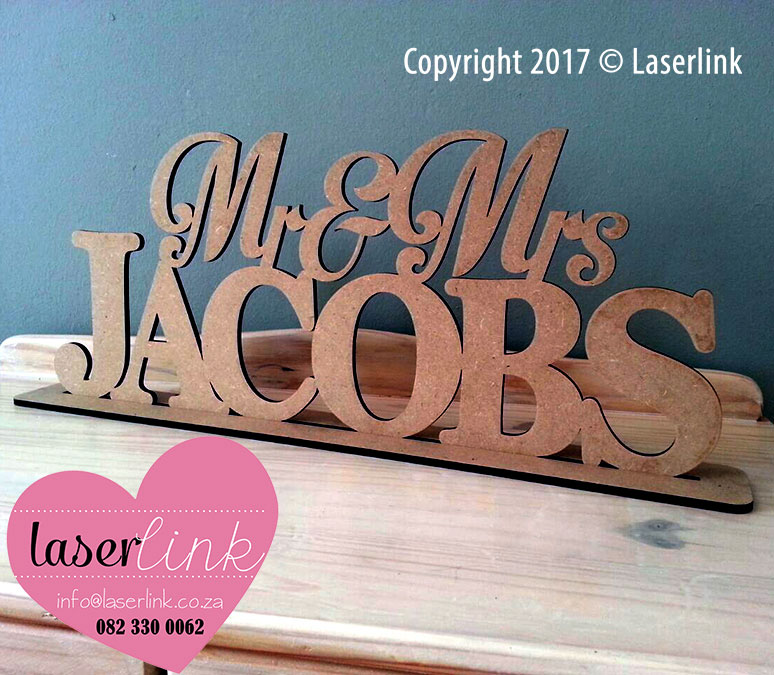 Mrs and Mrs Table Signs 002